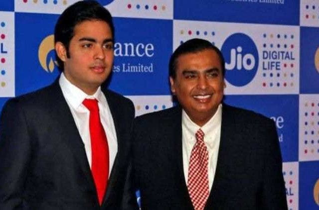 Reliance-JioFiber-Mukesh-Ambani-Akash-Ambani-Tech-Startups-Business-DKODING