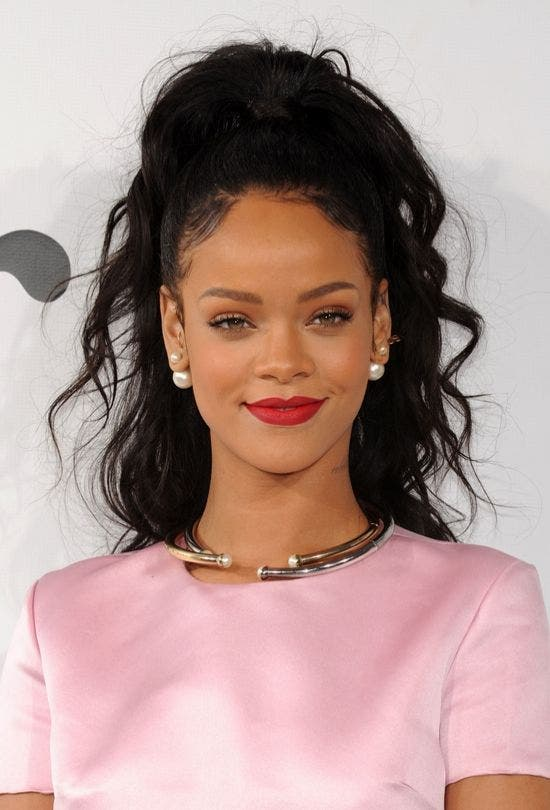 Rihanna-High-Pony-Pink-Fashion-And-Beauty-Lifestyle-DKODING
