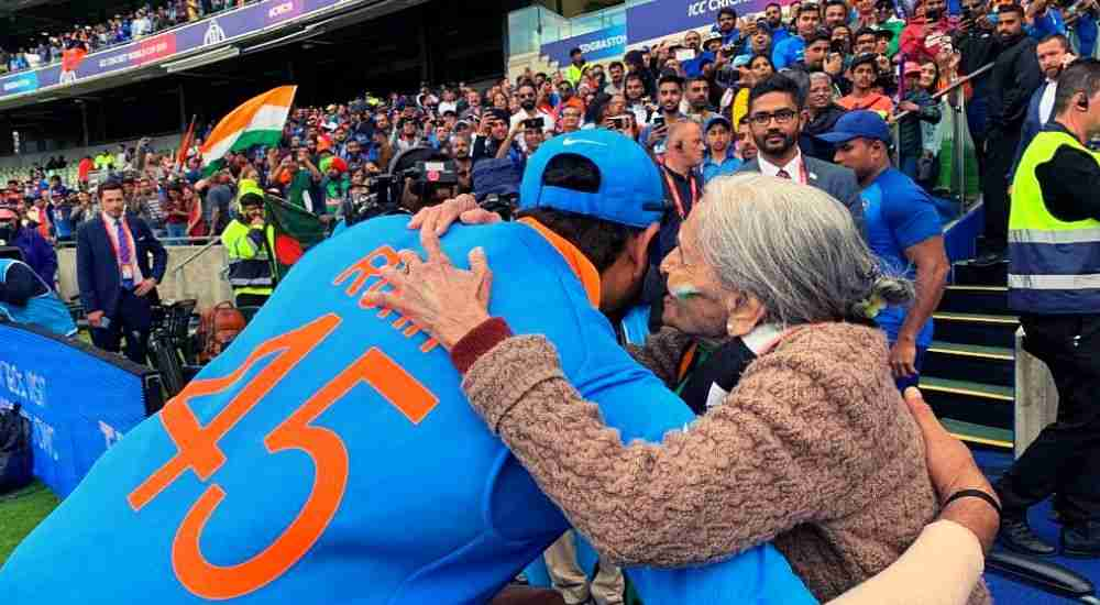 Rohit-Sharma-with-the-Lady-CWC19-Cricket-Sports-DKODING