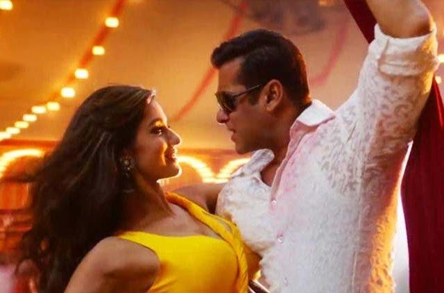 Salman-Disha-In-radhe-Bollywood-Entertainment-DKODING