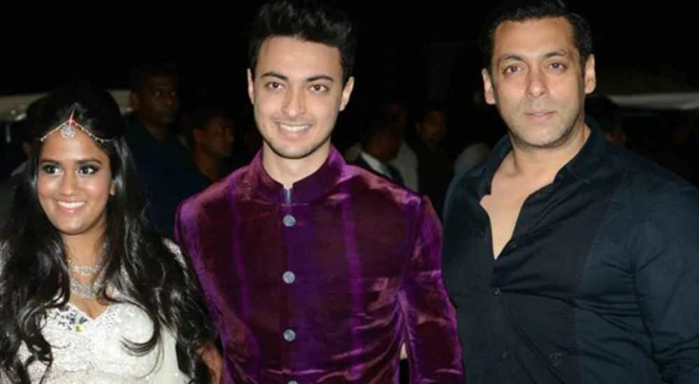 Salman-Khan-Excited-As-Her-Sister-Arpita-Khan-Sharma-Is-Expecting-Her-Second-Child-Entertainment-Bollywood-DKODING