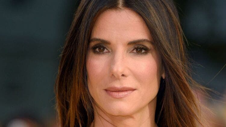 Sandra-Bullock-Eye-Cream-Fashion-And-Beauty-Lifestyle-DKODING
