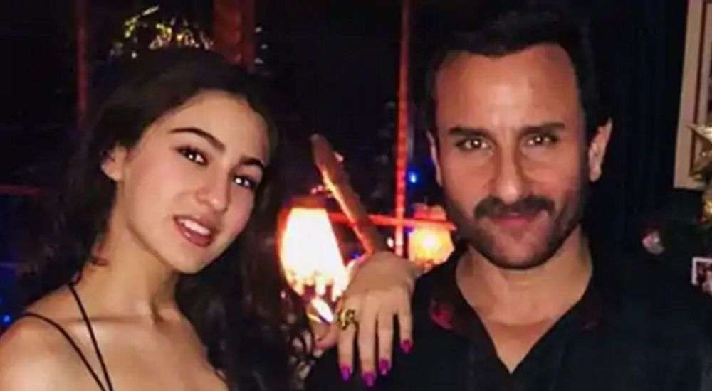 Sara ali khan with saif ali khan Bollywood DKODING
