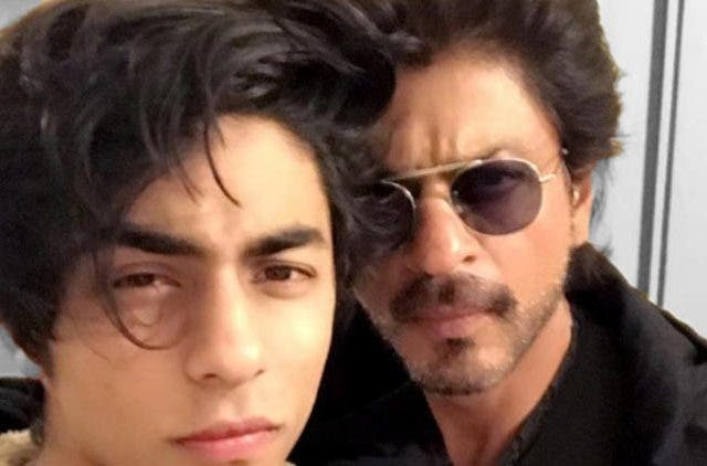 Shah-Rukh-Khan-Son-Aryan-Khan-Lion-King-Trending-Today-DKODING