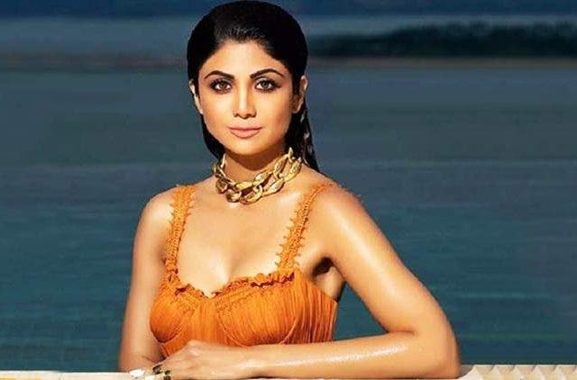 Shilpa-Shetty-Refuse-To-Promote-Slimming-Pills-Entertainment-Bollywood-DKODING