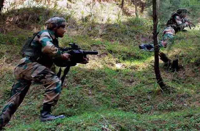 Shopian-encounter-Two-Army-personnel-injured-operation-continues-Videos-DKODING