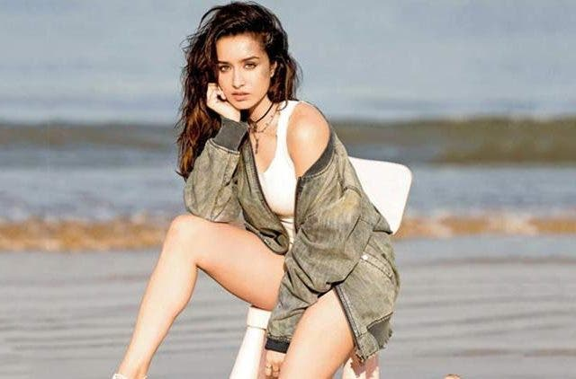 Shradha-Kapoor-Is-Become-Brand-Ambassodor-Of-Cosmatic-Brand-Videos-DKODING