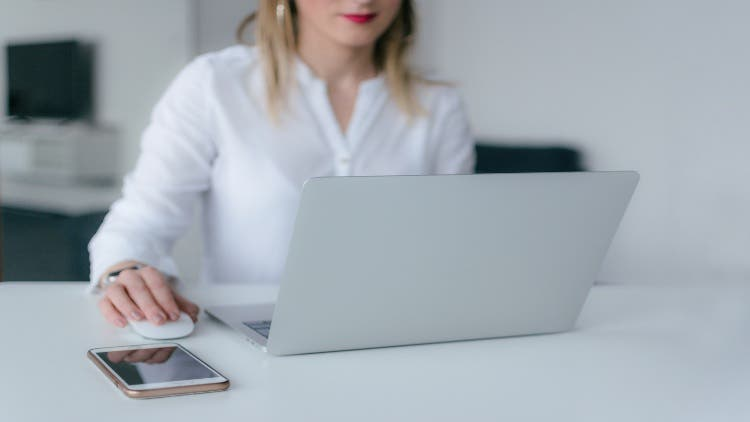 Smart Employee 101: How to keep your office data safe?