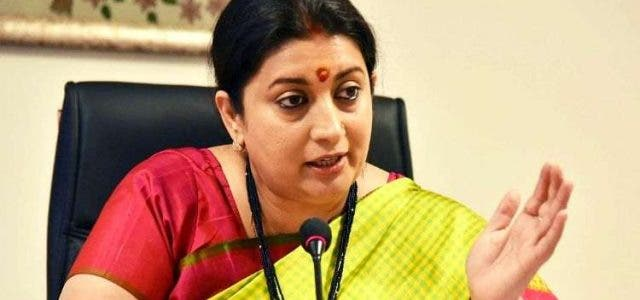 Smriti-Irani-attacks-Opposition-For-Supporting-Anti-Nationals-India-Politics-DKODING