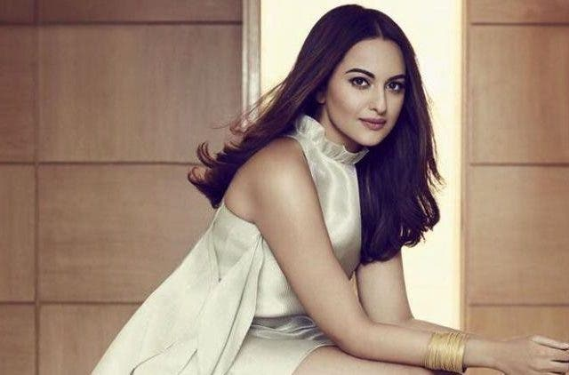 Sonakshi-Sinha-Body-Shamed-Getting-Rejected-Bollywood-Entertainment-DKODING