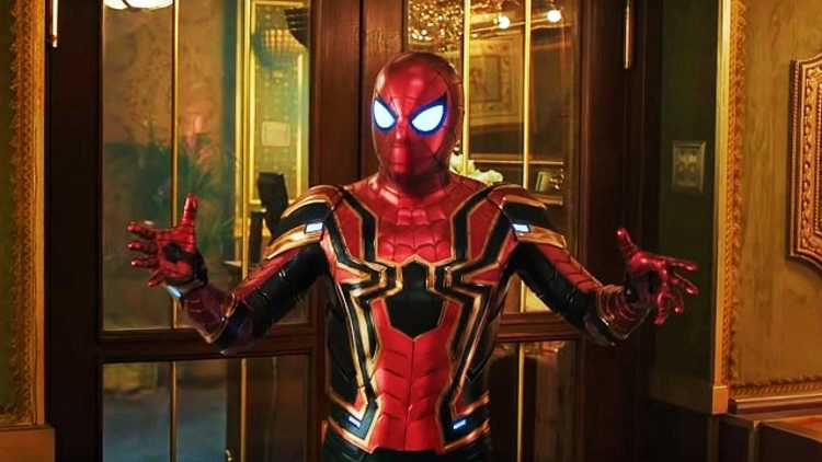 Spiderman-Far-From-Home-Tom-Holland-Movie-Review-DKODING