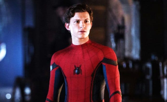 Spiderman-Is-Back-Tom-Holland-Hollywood-Entertainment-DKODING