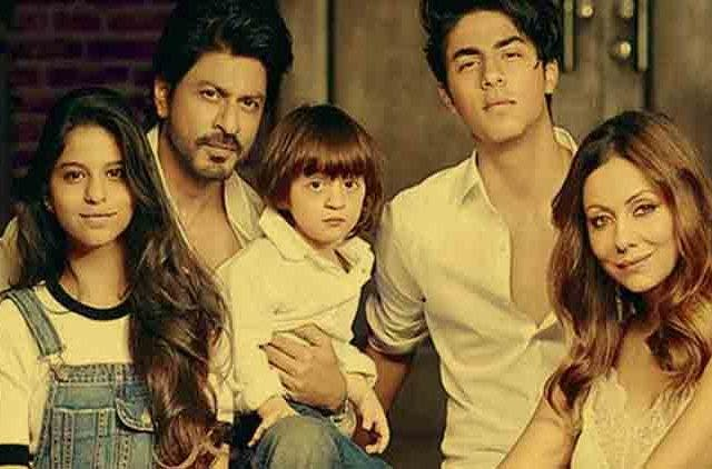 Srk-Dinner-With-Family-Videos-DKODING