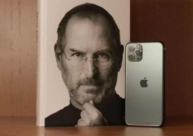 9 Years After His Death, Steve Jobs Is Still Running Apple