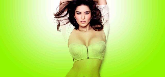 Sunny-Leone-Life-Carrier-Actress-Bollywood-Entertainment-DKODING