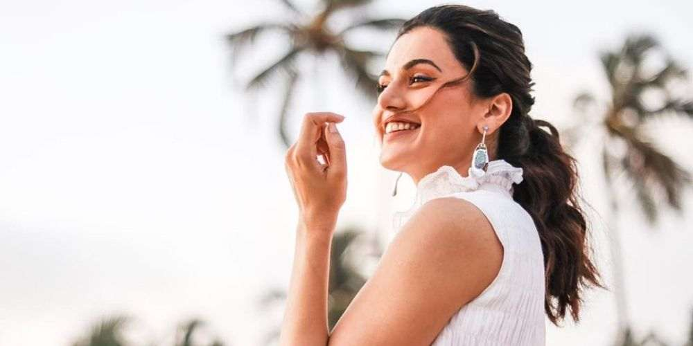 Taapsee-Pannu-Bollywood-Entertainment-DKODING
