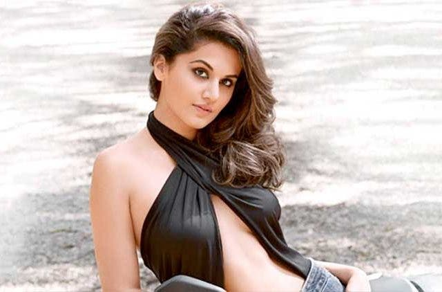 Taapsee Pannu-Likes to experiment with her looks-Bollywood-Entertainment-DKODING
