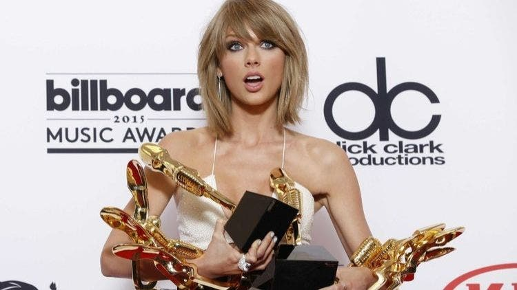 Taylor-Swift's-Unstoppable- Power-3-Hollywood-Entertainment-DKODING