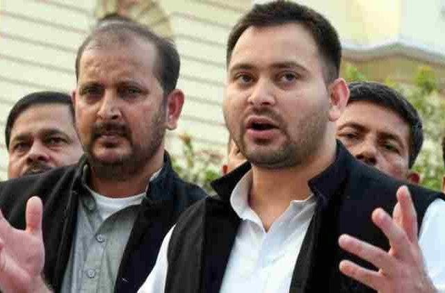 Tejashwi-Condemns-Girirajs-Pursuit-To-Ban-Green-Flags-India-Politics-DKODING