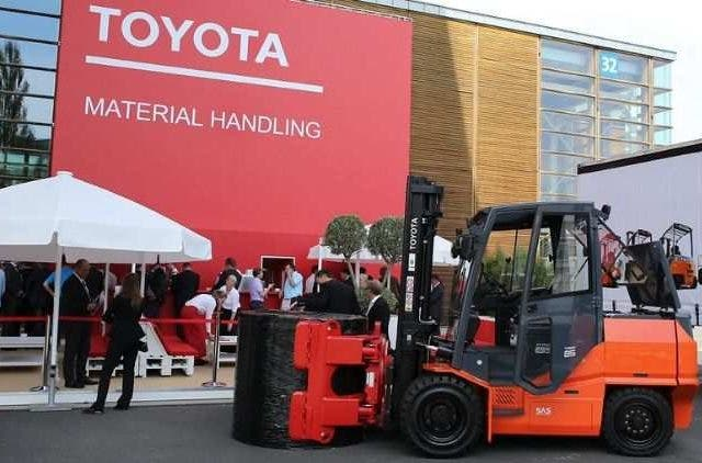 Toyota-Material-Handling-Infosys-Companies-Business-DKODING