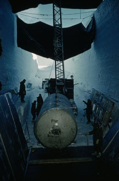 A crane positions US Secret Project Camp Century's nuclear waste tank | NewsShot | DKODING