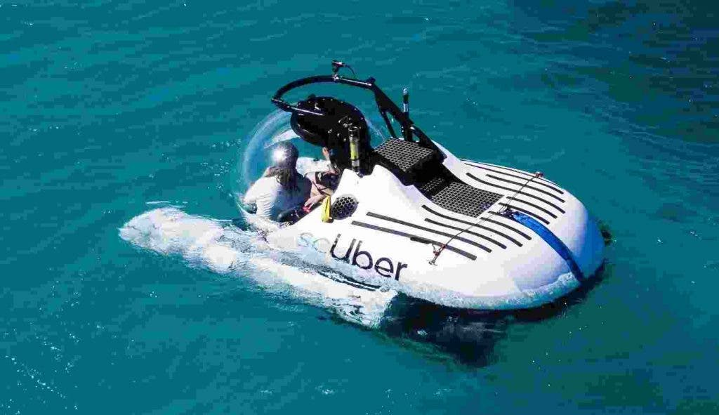 Uber-Submarine-Rides-Great-Barrier-Reef-Features-DKODING