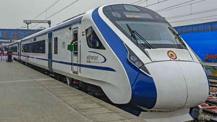 Vande-Bharat-Express-Indian-Railways-Private-Trains-Companies-Business-DKODING