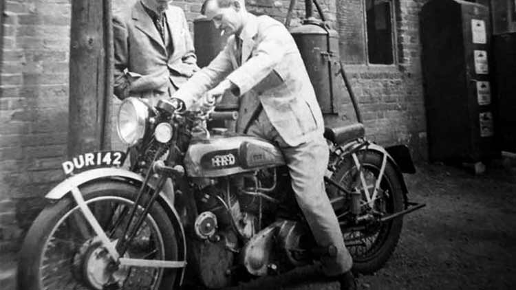 Worlds first superbike and maybe the best – Vincent Black Shadow