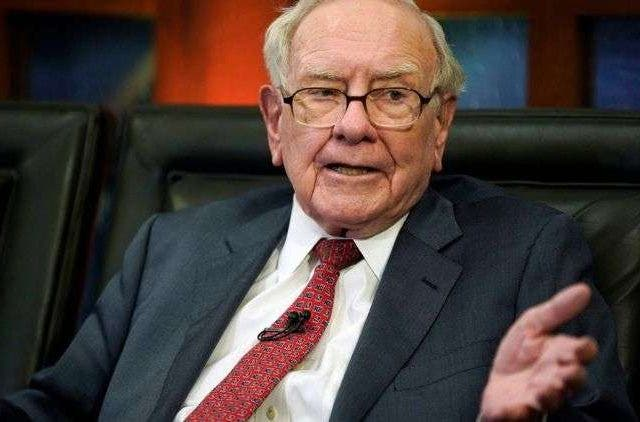 Warren-Buffet-Companies-Business-DKODING