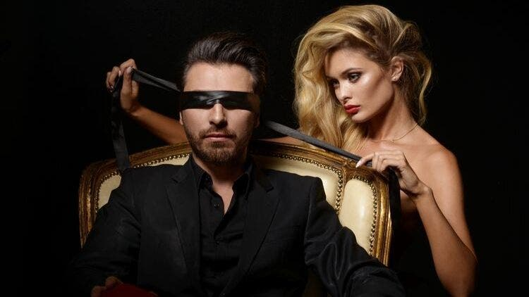 How To Steam Up Your Sex Life Using Blindfolds?