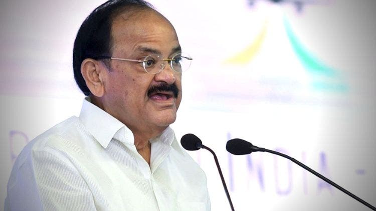Women-Should-Get-Seat-Reservation-Parliament-M-Venkaiah-Naidu-India-Politics-DKODING
