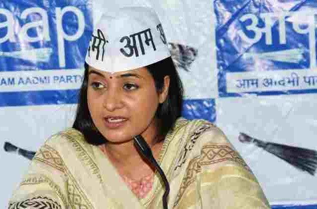 Wont-Campaign-For-AAP-Candidates-Says-Alka-Lamba-India-Politics-DKODING