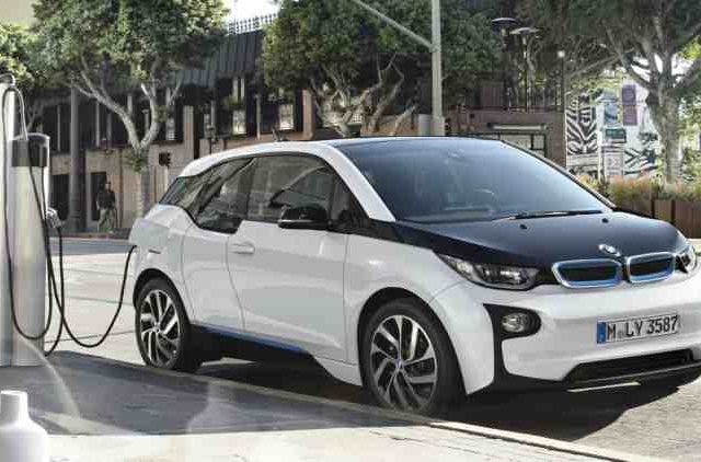 bmw-electric-vehicle-Companies-Business-DKODING