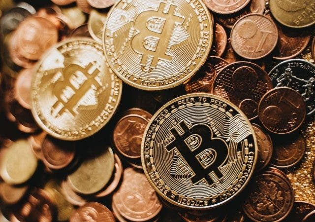 cryptocurrency adoption in 2021
