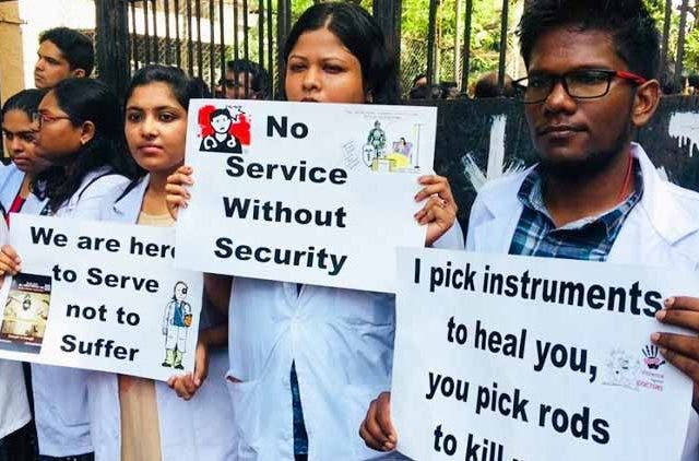 doctor-strike-delhi-mumbai-trending-today-DKODING