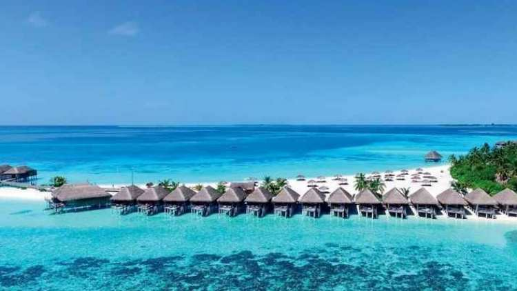 exotic-beach-resort-constance-moofushi-maldives-travel-and-food-lifestyle-DKODING