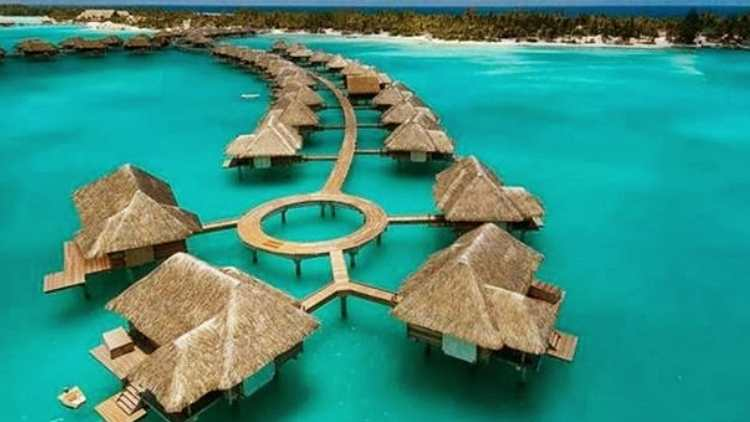 exotic-beach-resort-four-seasons-bora-bora-travel-and-food-lifestyle-DKODING