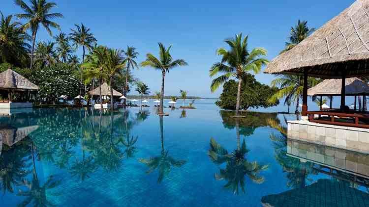 exotic-beach-resort-oberoi-lombok-indonesia-travel-and-food-lifestyle-DKODING