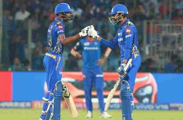 hardik-and-krunal-at-kotla-mi-ipl-2019-cricket-sports-DKODING