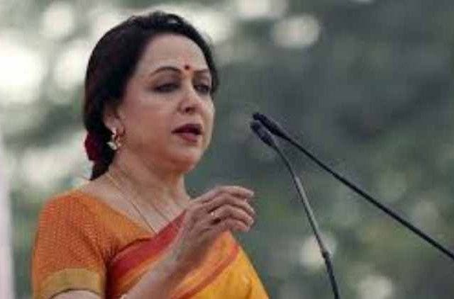 hema-malini-sp-bsp-rld-afraid-of-narendra-modi-work-india-politics-DKODING