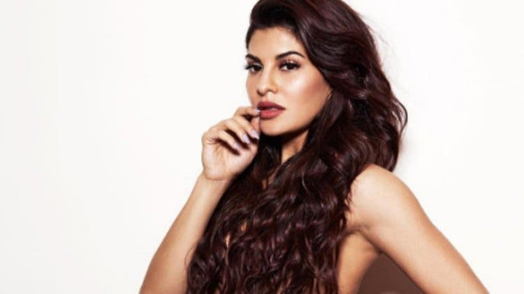 jacqueline-beauty-fashion-bollywood-lifestyle-DKODING