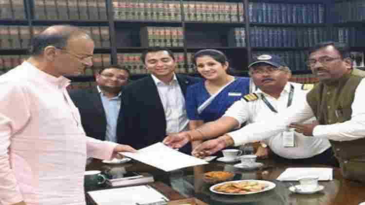 jet-airways-delegation-meets-jaitley-tranparent-bidding-companies-business-DKODING