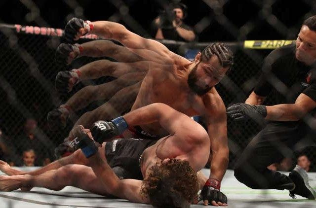 Masvidal-vs-Askren-Flying-Knee-UFC-MMA-Fight-Others-Sports-DKODING
