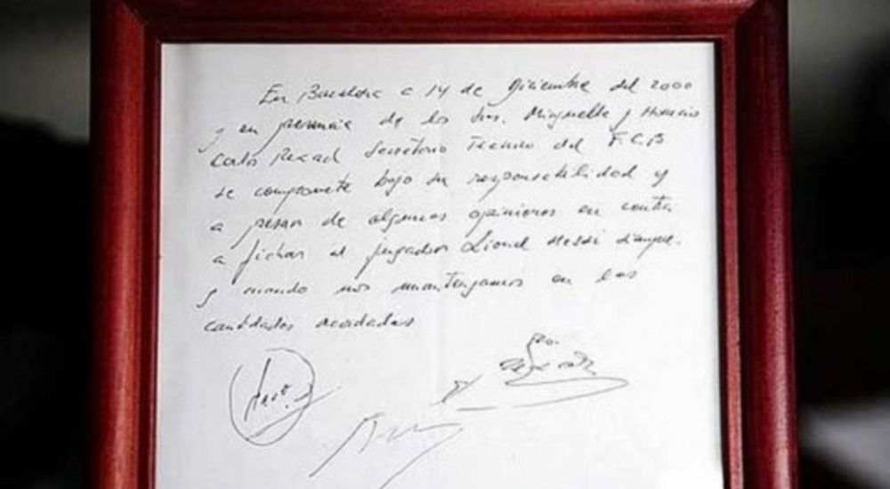 Messi first contract - sports - dkoding