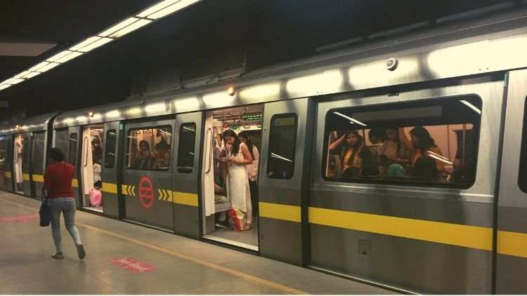 metro-fare-free-female-dtc-trending-today-DKODING