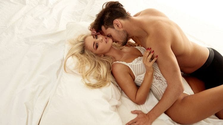sexy-couple-in-bed-Sex-and-Relationship-Lifestyle-DKODING