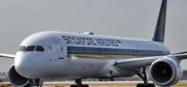 singapore-airlines-grounds-two-boeing-planes-due-to-engine-issues-business-companies-DKODING