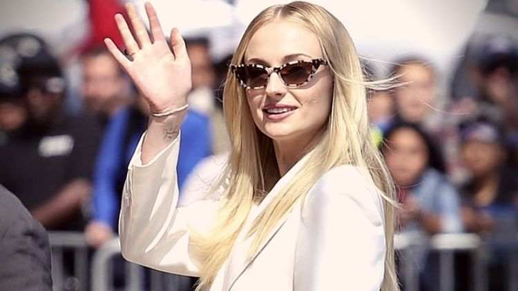 sophie-turner-wedding-gown-1000-hours-5-trending-today-DKODING