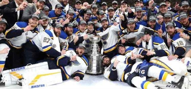 stanley-cup-blues-2019-trending-today-DKODING