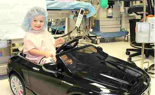 us-hospital-give-cars-young-patients-features-DKODING